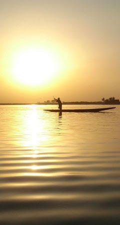 image-coucher-du-soleil-sur-le-fleuve-niger
